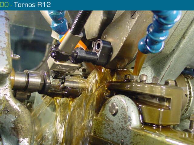 Mesureur de longueur V00 DETECTOR sur Tornos R12